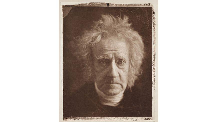 Photographie de Julia Margaret Cameron (1815-1879) du scientifique et astronome John Frederick William Herschel (1792-1871).