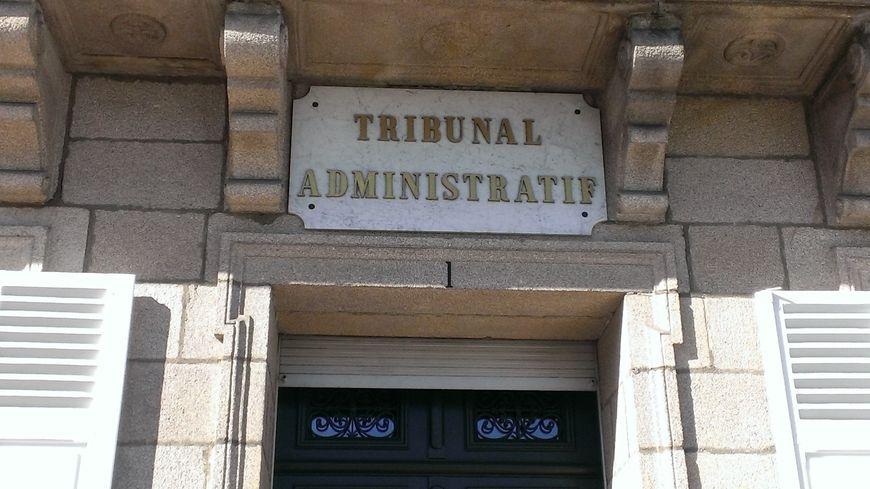 Les parents d'un petit garçon battu par des camarades d'école obtiennent gain de cause devant le tribunal administratif