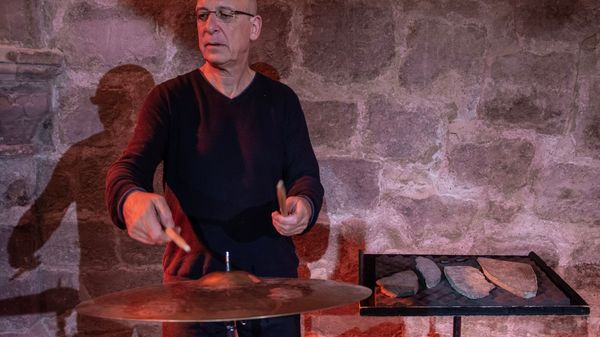 """ Cosmophonie élémentaire "" de Gérard Siracusa (4/5)"