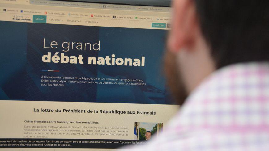 Tous ces événements sont sur le site du Grand Débat National.