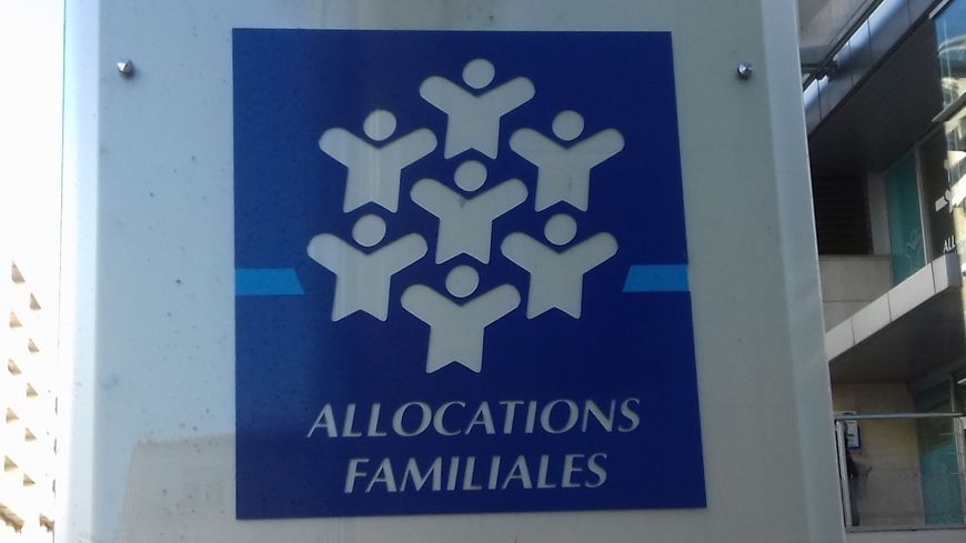 C'est la Caisse d'allocations familiales (CAF) qui verse la prime d'activité