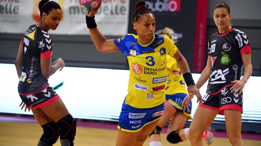 Béatrice Edwige, la futur ex pivot de Metz Handball et de l'équipe de France