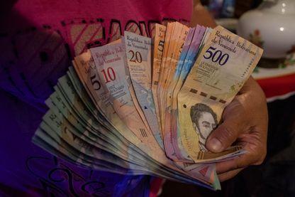 Au Venezuela l'inflation explose. L'aide financière envoyée par les vénézuéliens émigrés et donc primordial
