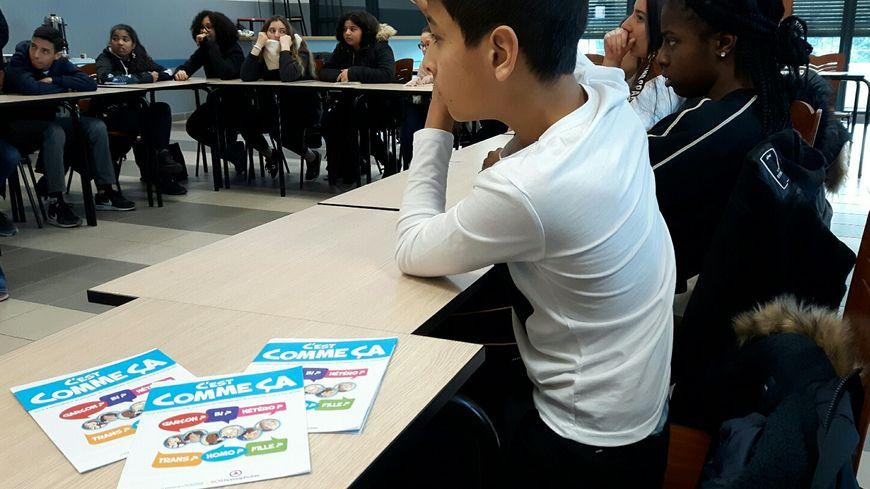 L'association SOS Homophobie en intervention dans une classe de 4ème