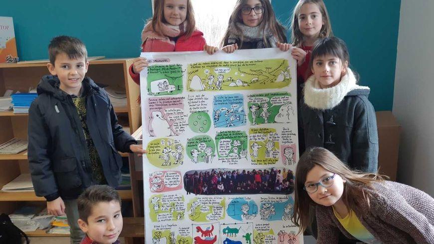 55 élèves de l'école Sainte-Luce de Saint-Aubin-de-Baubigné ont participé à ce projet BD