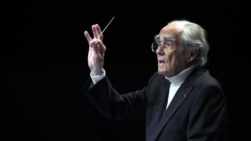 Le compositeur aux 3 Oscars est mort dans la nuit de vendredi 25 à samedi 26 janvier 2018 à l'âge de 86 ans.