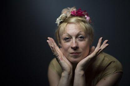 Portrait de l'artiste Phia Ménard  à Paris le 9 juillet 2018.