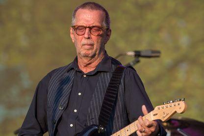 Le guitariste, chanteur et compositeur de blues et de rock, Eric Clapton en concert à Hyde Park le 8 juillet 2018 à Londres.