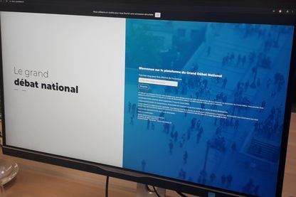 La plateforme du grand débat national accessible en ligne