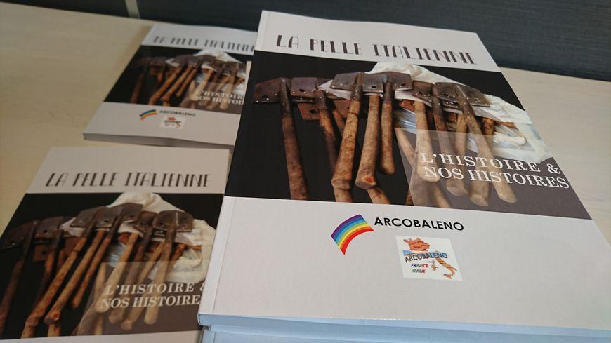 """""""La Pelle Italienne"""", le livre de l'association Arcobaleno"""