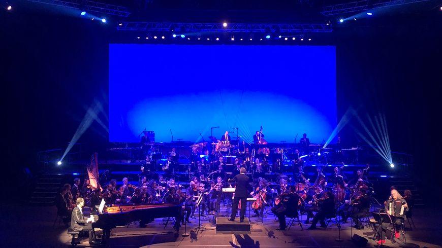Orchestre symphonique OPPB orchestre de Pau Pays de Béarn sur la scéne du Zénith