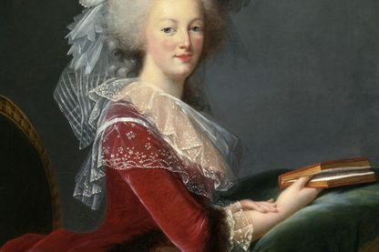 Marie-Antoinette au livre - portrait par E. Vigée Le Brun (1785)