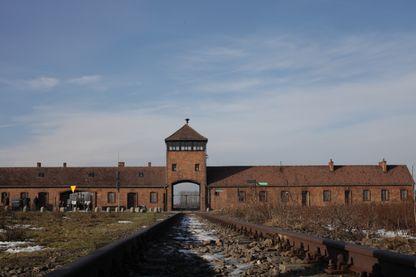 L'entrée du camp d'Auschwitz en Pologne
