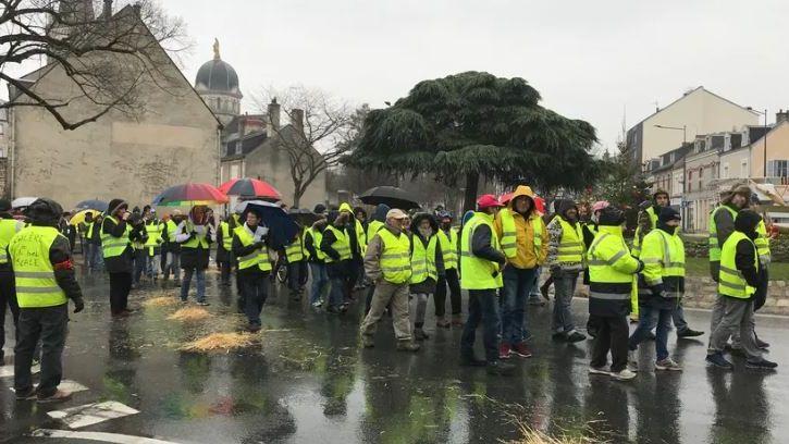 """Les Gilets Jaunes prévoient toujours une manifestation nationale à Châteauroux le 2 février malgré le rassemblement """"grand ouest"""" prévu à Tours"""