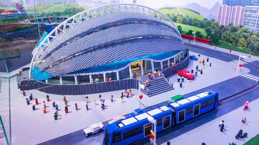 Une construction en LEGO d'1.5 millions de pièces