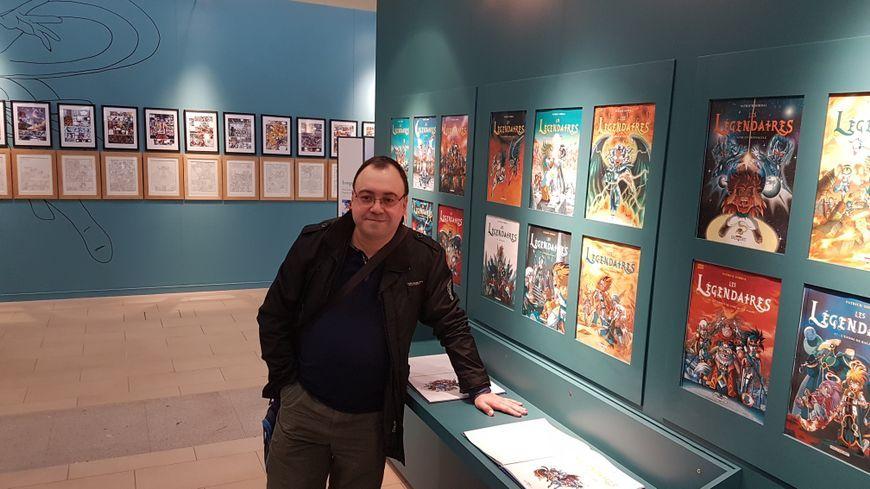 Patrick Sobral lors de l'exposition dédiée à son travail l'année dernière à la BFM de Limoges