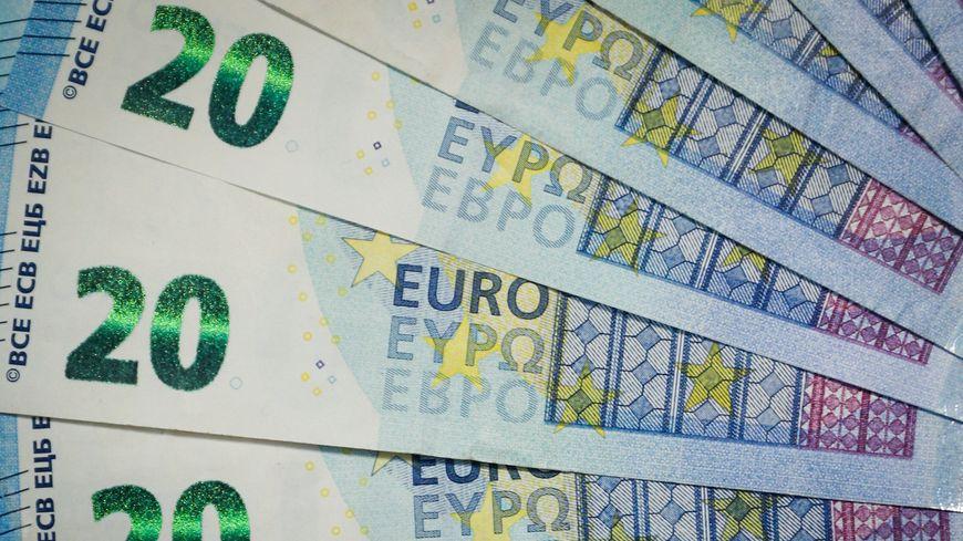 Billets de 20 euros, mis en circulation à partir de 2002
