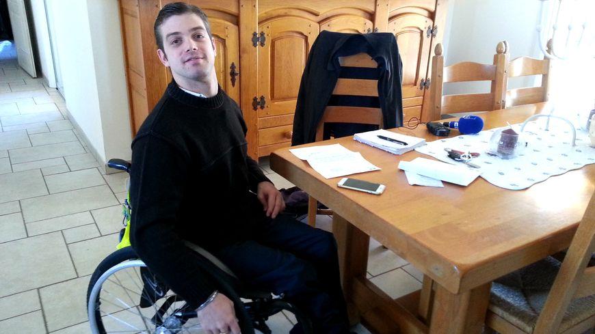 Amaury Martin n'avait pas pu prendre le bus avec son fauteuil roulant