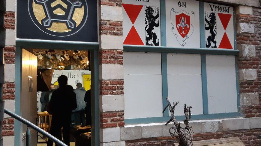 Trois personnes seront jugées en mai prochain dans l'enquête qui vise le bar identitaire La Citadelle, à Lille