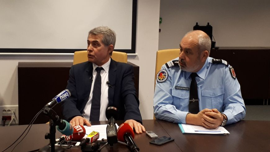 Le procureur de Toulouse, Dominique Alzéari, et le colonel de la section de recherche à Toulouse, Philippe Coué, lors du point presse le vendredi 25 janvier 2019