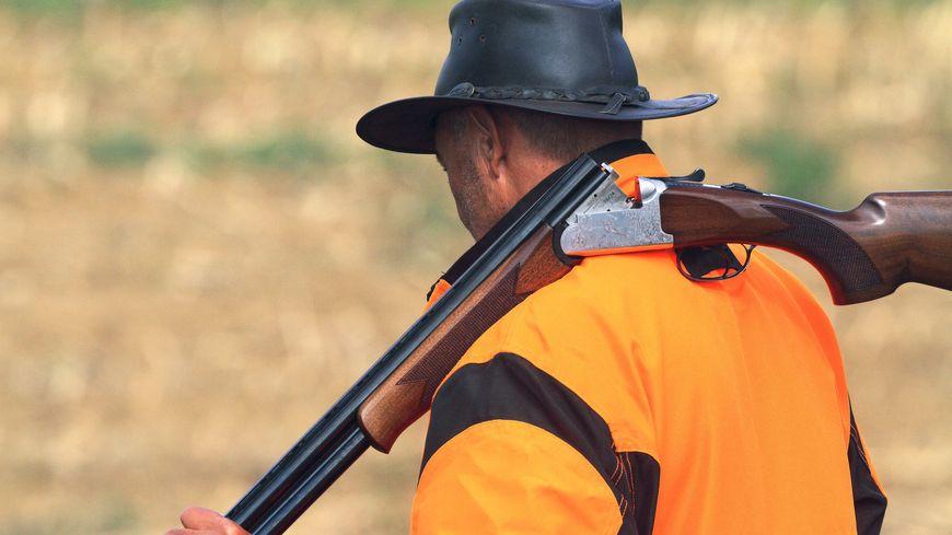 Un chasseur a accidentellement blessé l'un de ses camarades ce dimanche à Vellerot-lès-Belvoir (photo d'illustration)