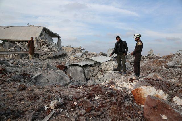 Un édifice détruit dans la province d'Idleb après des bombardements le 19 janvier 2019