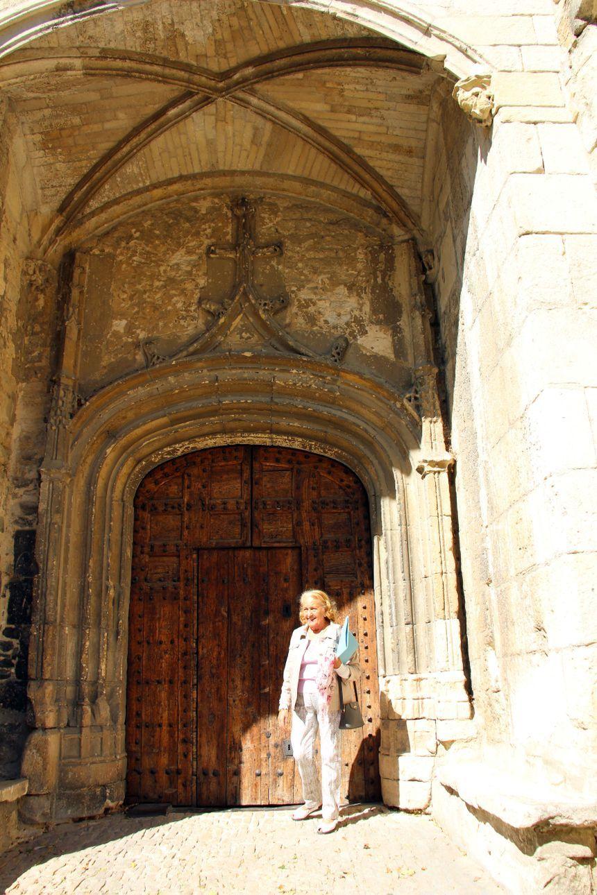 Madame Rieger grande porte  Collégiale Bollène