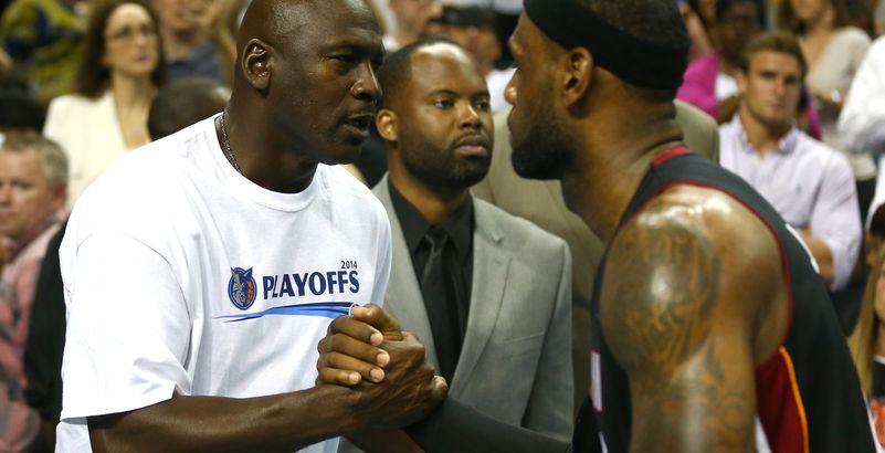 8d7c368b885 Michael Jordan vs. LeBron James   qui est le plus grand