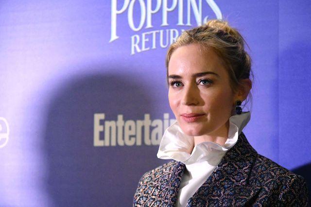 Emily Blunt dans le rôle de Mary Poppins
