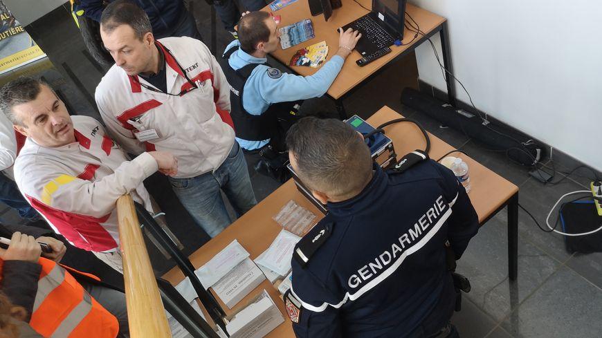 Le personnel de JTEKT a pu dialoguer avec les gendarmes