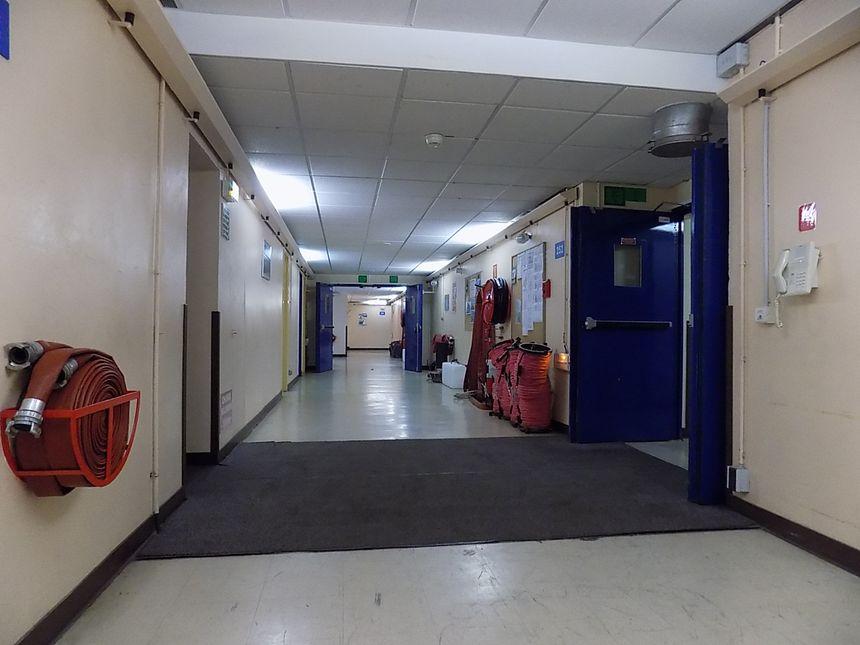 A l'intérieur de l'abri, plusieurs kilomètres de couloirs