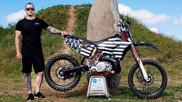 Sylvan Masson, le Morlaisien pilote pro de motocross freestyle
