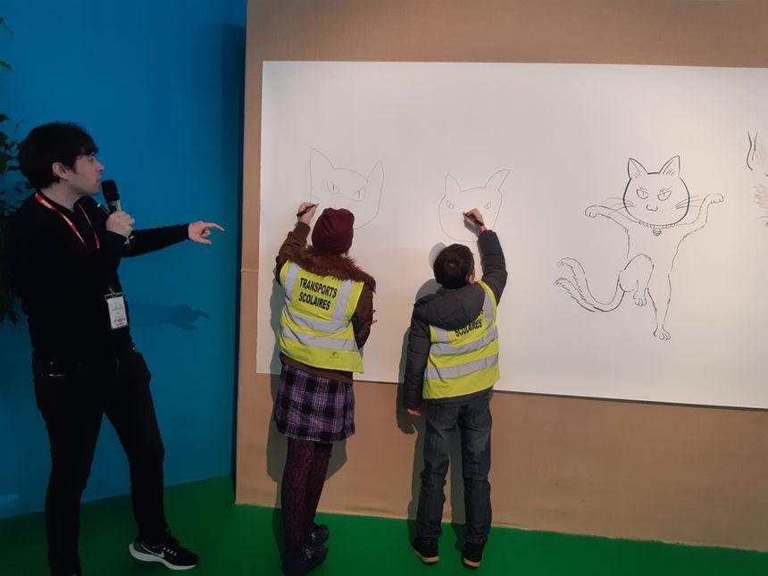 """Un atelier à la """"Manga city"""" : comment dessiner un """"yokai"""", petit monstre japonais très présent dans les mangas, avec Camille Moulin-Dupré, mangaka né en Bretagne."""