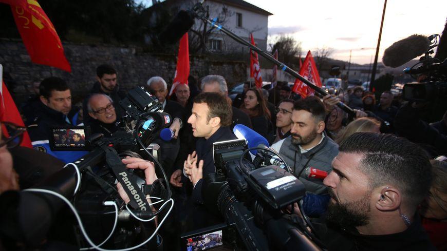 Emmanuel Macron lors de sa venue à Souillac pendant la campagne électorale en février 2017