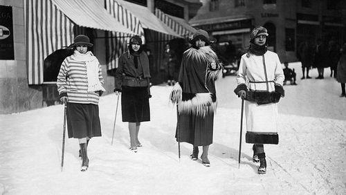 Apparaître aux yeux du monde (2/4) : Du pantalon bouffant à l'hégémonie de la doudoune : une histoire de la mode de sports d'hiver