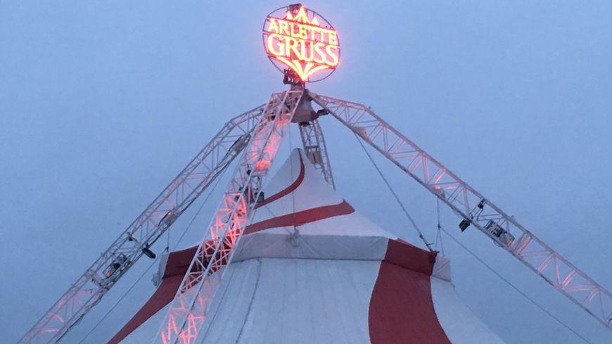 Le nouveau chapiteau du Cirque Gruss