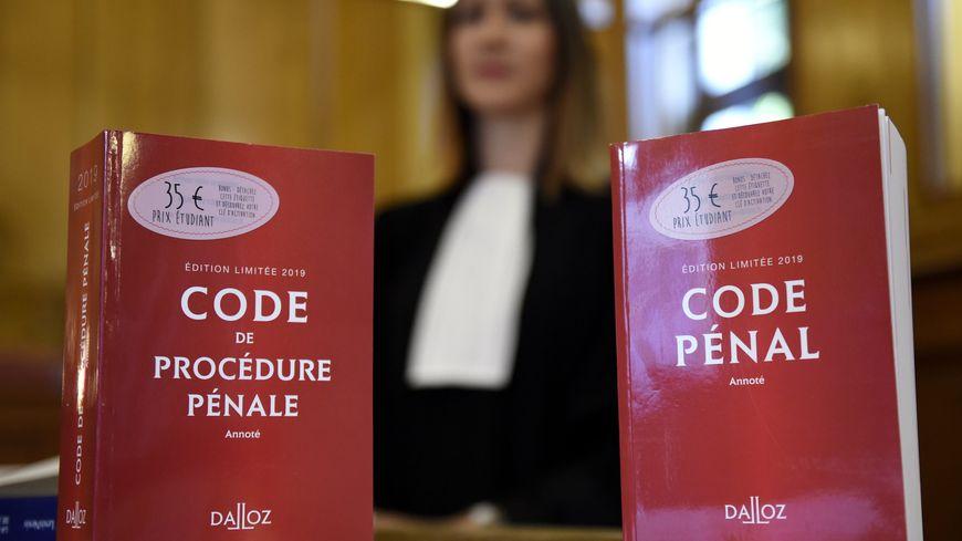 Le code pénal et le code de procédure pénale