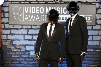 Guy Manuel de Homem-Christo et Thomas Bangalter aux MTV video music awards en août 2013