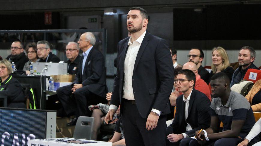"""""""Travail et humilité sont les maîtres-mots de notre équipe"""" selon Thomas Andrieux, coach du BBD"""