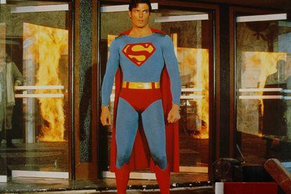 """L'acteur, Christopher Reeve en 1987 dans """"Superman IV""""."""