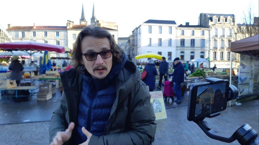 Le comédien Lorànt Deutsch en tournage à Niort ce jeudi