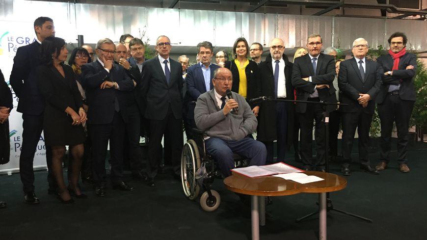 Les Parlementaires, le président du département, les élus, et le président du Grand Périgueux à la Filature de l'Isle
