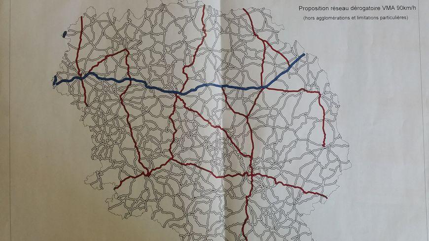 En rouge les routes qui pourraient repasser au 90 km/h selon le Conseil départemental