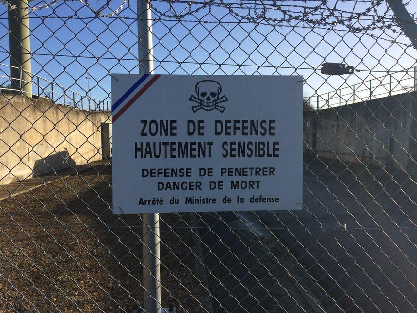 Le Centre de transmissions de la Marine de Rosnay est ultra sécurisé