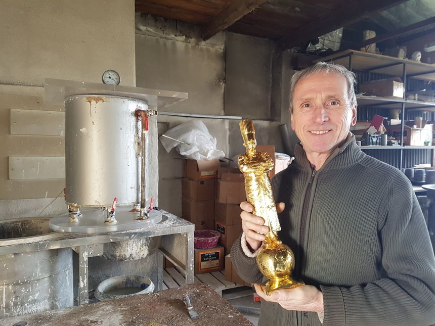 Maurice Adobati et un Bocuse d'or, qu'il fond depuis 16 ans