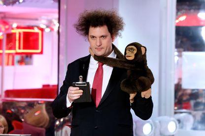 Le magicien et humoriste Eric Antoine dans l'émission «Vivement Dimanche» au Pavillon Gabriel le 25 mars 2015 à Paris