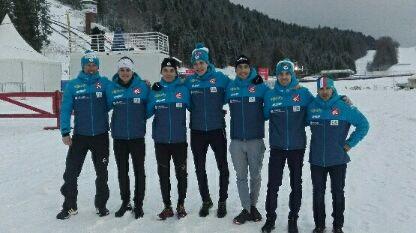 Fred Baud (1er à gauche) à Chaux-Neuve avec l'équipe de France de combiné nordique.