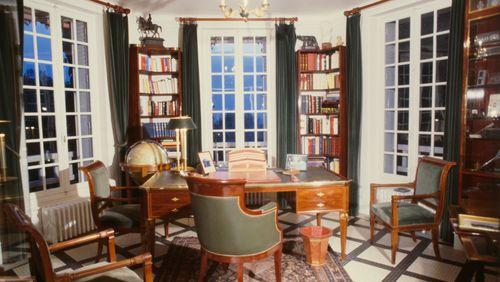 """Yves de Gaulle : """"J'ai abordé mon grand-père à travers les livres"""""""