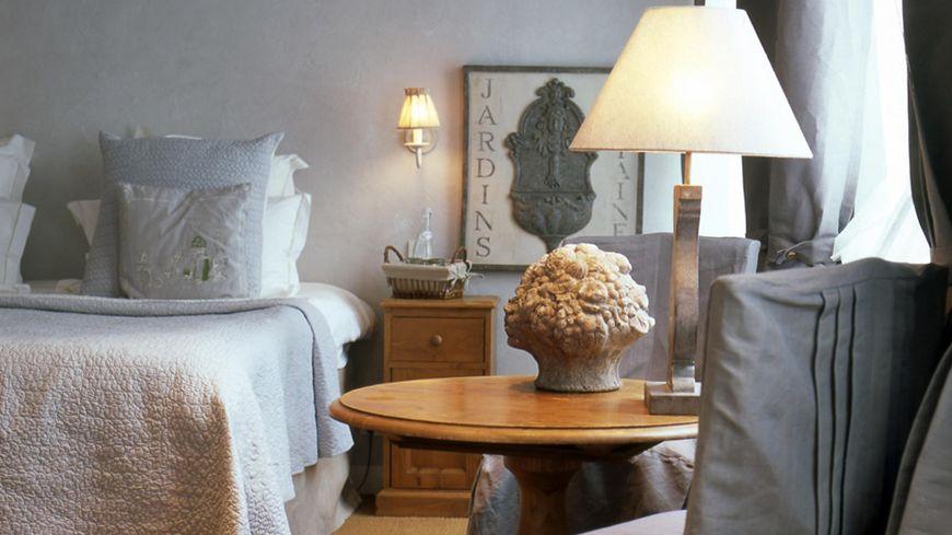 Une des chambres de l'hôtel Les Maisons de Léa à Honfleur