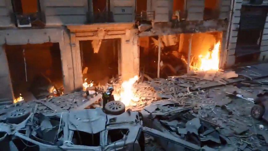 Les images saisissantes tournées par un journaliste italien après la violente déflagration